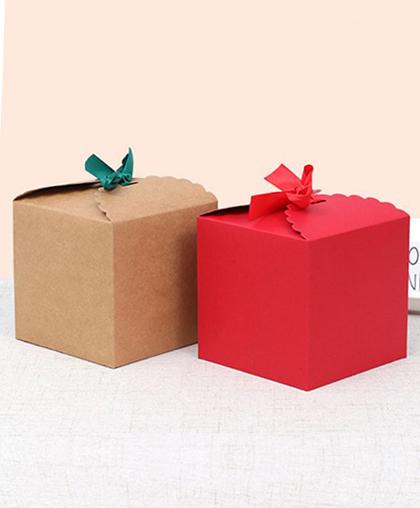 """Подарочная коробка """"Куб"""" с лентой"""